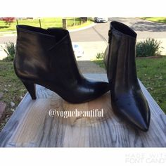 Nine West NWJETLAG Pointed Toe Booties Size 5.5M • Gently used but with no major wear • Still in excellent condition • NO TRADES • 15% off bundles • {cover photo is from Amazon.com} Nine West Shoes Ankle Boots & Booties