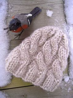With the cold weather this week, I wanted to make a warm hat with a look a little relaxed. Here is a cool twisted hat very simple to make and very quick to do or 3 … Source by clineperreau