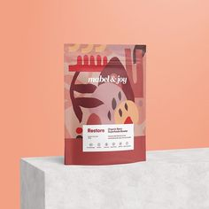 Mabel & Joy Organic Superfoods on Packaging of the World - Creative Package Design Gallery Pouch Packaging, Brand Packaging, Coffee Packaging, Chocolate Packaging, Beverage Packaging, Bottle Packaging, Retail Packaging, Design Poster, Label Design