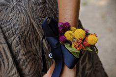 Google Image Result for http://headvsheart.com/wp-content/uploads/2010/10/wedding_flowers_04.jpg