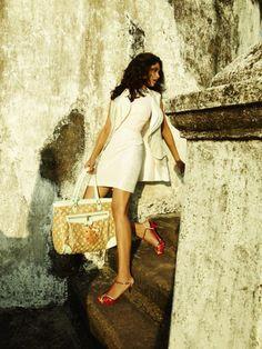Woman White Dress 560