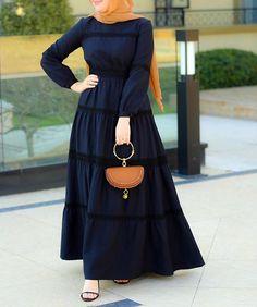 Annah Hariri, Online, Modest clothing atelier of high end quality Hijab Fashion Summer, Abaya Fashion, Muslim Fashion, Fashion Outfits, Stylish Hijab, Stylish Dresses, Casual Dresses, Mode Abaya, Hijab Fashionista