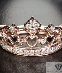 Rose-Gold-Crown-Ring-Diamonds. LOVE IT! #mystyle #crownring #reneewalton