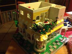 Modernes Stadt Haus