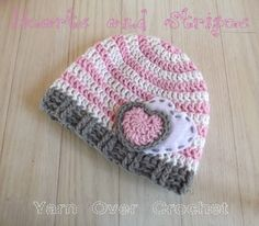 Crochet Baby Hats for Newborns Free Patterns - Crafty Tutorials - Be crafty, be creative, be yourself! Crochet Beanie, Cute Crochet, Crochet For Kids, Crochet Crafts, Yarn Crafts, Crochet Projects, Knitted Hats, Knit Crochet, Diy Crafts