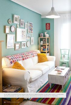 Prenons le temps, turquoise paint, crate coffee table