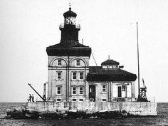 Toledo Harbor Lighthouse 1904