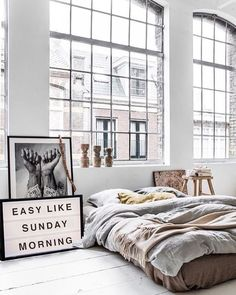 Sunday #mood | Find more #inspiration at our #Pinterest  #inspiración #love #amor #picture #photography #colours #sundaypleasures #relajación #relaxation #sunday #domingo #sundaymood #bed #bedroom #cama #dormitorio #ventana #window #feeling #cool #beautiful