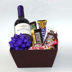 arreglos de globos con chocolates y vino - Buscar con Google