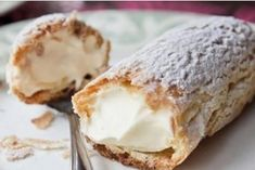 This vanilla-butter cream turns out madly gentle - very popular, fast, easy dessert. World's Best Food, Good Food, Yummy Food, Easy Desserts, Dessert Recipes, Pie Bakery, Sweet Pastries, Healthy Sweets, Something Sweet