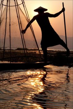 culturalcrosspollination: Inle Lake Fisherman
