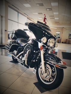 Henry wanted to show off our fresh trade in today! It is a 2006 Harley Davidson Ultra Classic with 32,236 miles! $9,950  The perfect Christmas present!