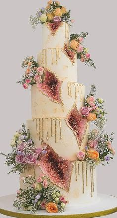Extravagant Wedding Cakes, Big Wedding Cakes, Amazing Wedding Cakes, Wedding Cakes With Cupcakes, Wedding Cake Designs, Wedding Themes, Wedding Colors, Geode Cake, Dream Wedding