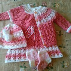 Modelový šatový komplet pro malá děvčátka 68/74/80 Model, Sweaters, Fashion, Breien, Moda, Fashion Styles, Scale Model, Sweater, Pullover