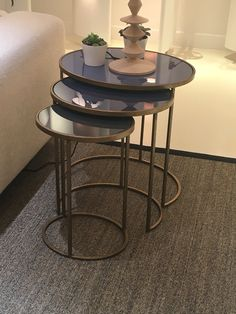 Stacking side tables