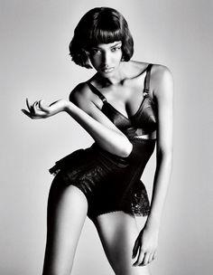 Jourdan Dunn Wins Model of the Year!