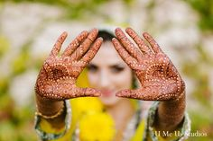 This Pakistani bride and groom prepare for their beautiful wedding with a bright and festive mehndi party!