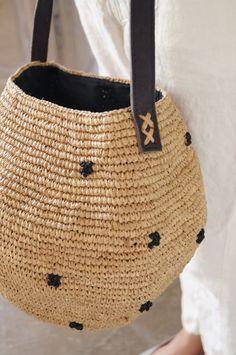 Le voyage en panier crochet bag