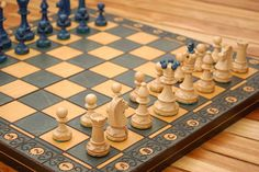 How to Read Algebraic Chess Notation: 7 Steps (with Pictures) Chess Moves, Middle School Literacy, How To Play Chess, Chess Set Unique, Kings Game, The End Game, Foot Pads, Cozy Mysteries, Chess Pieces
