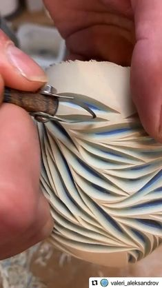 Pottery Plates, Pottery Vase, Ceramic Pottery, Ceramic Art, Pottery Techniques, Ceramic Techniques, Ceramics Projects, Ceramics Ideas, Polymer Clay Charms