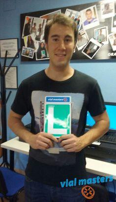 Enrique es un nuevo conductor de Autoescuelas Vial Masters. ¡Enhorabuena! ¡Disfrútalo!  Más en http://vialmasters.es