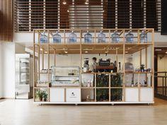 bar under mezzanine Kiosk Design, Cafe Design, Retail Design, Store Design, Pop Up Restaurant, Restaurant Concept, Restaurant Design, Retail Interior, Cafe Interior