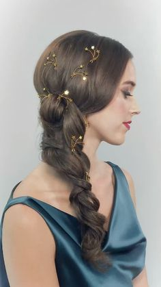 COMET HAIRPINS HERMIONE HARBUTT-hair accessories, star pins, star accessories, hair style, hairpins Hermione Harbutts gold Comet Hairpins for evening and occasion hair styles. Hair BY Becks of Thaira Hairstyles For Gowns, Pigtail Hairstyles, Headband Hairstyles, Summer Hairstyles, Wedding Hairstyles, Mexican Hairstyles, Hermione, Hair Scarf Styles, Long Hair Styles