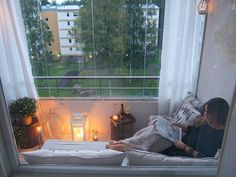Balkon 27 Of The Most Trending Eclectic decor Ideas That Will Make Your Home Look Fabulous – Balkon ideen Small Balcony Design, Apartment Balconies, Dream Apartment, Eclectic Decor, Home Look, Small Apartments, Interior Design Living Room, House Design, Decoration