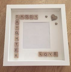 Geschenk Vatertag: Handmade Daddy/Daughter Fathers Day Gift Scrabble Art Frame – - Diy gift For Kids Ideen Scrabble Kunst, Scrabble Tile Crafts, Scrabble Frame, Scrabble Art, Daddy Day, Daddy Daughter, Husband, Diy Father's Day Gifts, Father's Day Diy