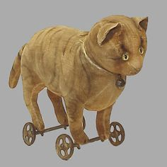 Antique pull toy cat.