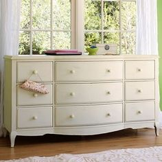 antique white dresser
