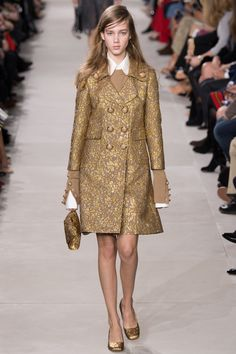 Michael Kors Collection Fall 2016 Ready-to-Wear Fashion Show c14cd668f42