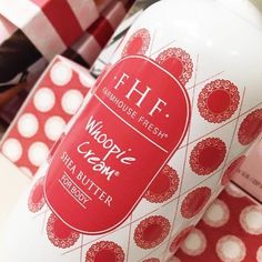 """Dazzled in rich #sheabutter & vitamin E - you'll shimmy into the week cheering, """"Whoopie!"""" : @thepomegranateshoppe #monday #fhf"""