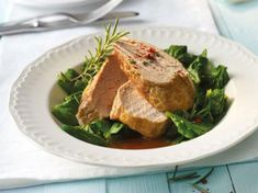 Weight Watchers Mediterranean recipes: rosemary fillet with spinach Wight Watchers, Weight Watchers Meals, Steak, Pork, Low Carb, Beef, Recipes, Tasty, Fitness