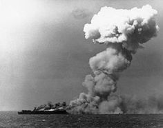 The Battle of Leyte Gulf was fought from October 1944 and was the largest naval battle of World War II. It may well be regarded as the largest naval Leyte, Us Marines, Naval History, Military History, Ww2 History, Normandy Invasion, Navy Aircraft Carrier, Us Navy Ships, History Online