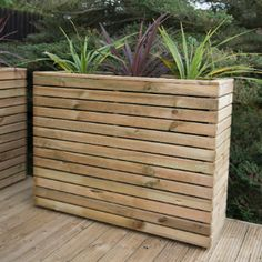 The Hartwood Linear Tall Planter is a contemporary style large planter perfect for using alongside other planters will no doubt create a beautiful focal point for your garden. Designed for housing decorative flowers such as miniature firs and flowerin Deck Planters, Wooden Garden Planters, Diy Planter Box, Raised Planter, Raised Garden Beds, Tall Outdoor Planters, Long Planter Boxes, Wood Pallet Planters, Forest Garden