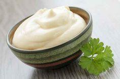 Comment faire une mayonnaise sans oeuf, moutarde ou huile ?