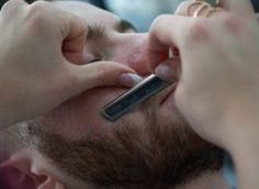 How to Fade a Beard (Quick Easy Steps) - Robin Hood Beard Company Ltd Trimming Your Beard, Trimming Hair, Growing Facial Hair, How To Fade, Shaving Tips, Beard Look, Hair Trim, Celebrity Hair Stylist, Beard Care