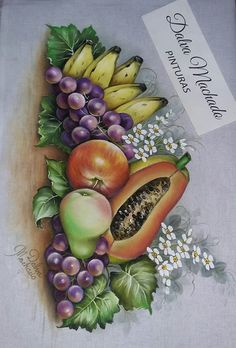 A imagem pode conter: fruta e comida Quinceanera Decorations, Projects To Try, Sewing Projects, Fruit Art, Paint Designs, Fabric Painting, Tea Towels, Printing On Fabric, Decoupage