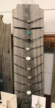 Choker Necklace Stand in Weathered Wood or Raw Cedar – Jewelry Display, Necklace Display, Necklace Tree, Jewelry Stand, Necklace Holder - DIY JEWELRY Wood Jewelry Display, Jewelry Tree, Jewellery Storage, Jewellery Display, Jewelry Organization, Hanging Jewelry, Boutique Jewelry Display, Mirror Jewellery, Diy Necklace Display