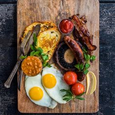 """""""What will you have for breakfast? by @dennistheprescott : #chefsroll #rollwithus"""""""