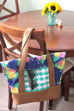 Lovely leather tote made by @sewcaroline with #gleefulfabrics