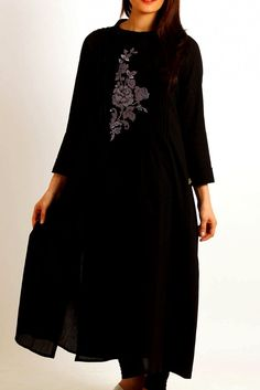 Shirt/Kurti: Fabric: Cotton Embroidery:Elegant cotton kurti with embroidered motif on front.