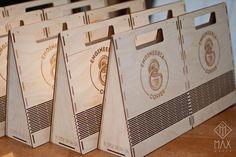 Это любовь, ребятааа малышка Engi покорит мир! А вы уже прямо сегодня можете купить крутецкий кофе в умопомрачительном подарочном пакете! Велкам в @engineeriacoffee #maxmaker#package#packaging#pack#box#coffeebox#coffe#lasercut#lasercutting#irkutsk#иркутск#лазернаярезка#упаковка#пакет#коробка#коробкадляподарка#gift#подарок#подарокиркутск#подарокмаме#подароклюбимой#подарокжене#подарокдевушке#подарокмужу#подарокдлялюбимой#подарокдляжены#подарокдлямужа#кофессобой#упаковкадляподарка