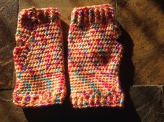 Fingerless mitts No pattern