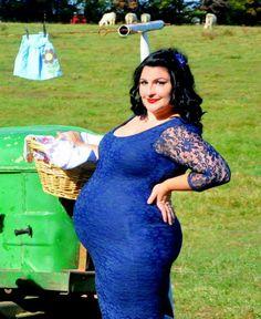Pin up maternity