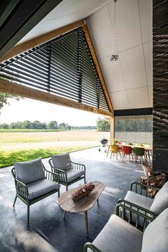 Dream Home Design, Home Interior Design, House Design, Interior And Exterior, Building Design, Building A House, Courtyard House Plans, Long House, Colorado Homes