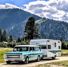 Picture perfect - classic Chevy Suburban with vintage trailer camper Pickup Trucks, Gm Trucks, Lifted Trucks, Diesel Trucks, 72 Chevy Truck, Chevrolet Trucks, Chevy Pickups, Chevy C10, 1957 Chevrolet