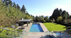 MANSION IN ALTAMONT, WEST VANCOUVER, BC