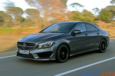 Mercedes-Benz Clase CLA CLA 200 (136 CV) Gama Clase CLA Turismo Gris montaña metalizado Exterior Frontal-Lateral 4 puertas